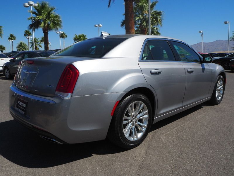 2017 Chrysler 300 Limited RWD - 17685164 - 11
