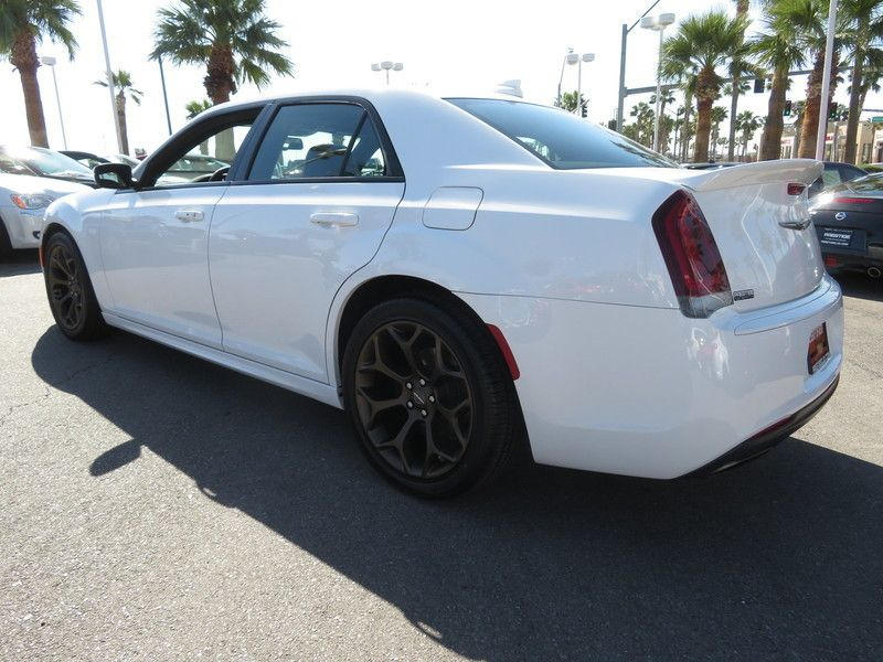 2017 Chrysler 300 S - 17582699 - 9
