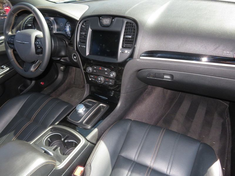 2017 Chrysler 300 S - 17582699 - 14