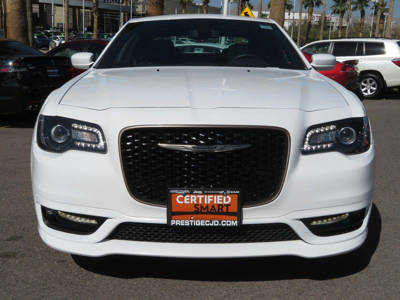 2017 Chrysler 300 S - 17582699 - 1