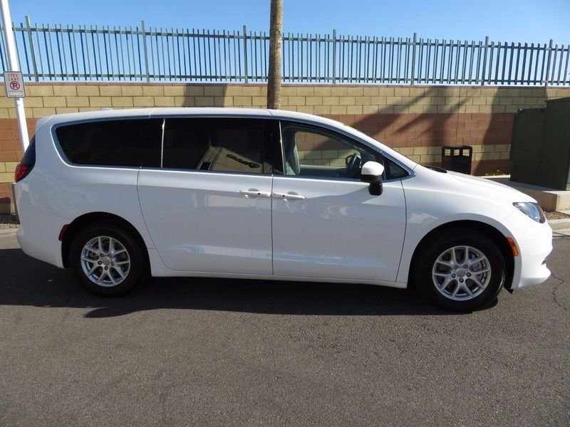 Buy Used Chrysler Pacifica Touring