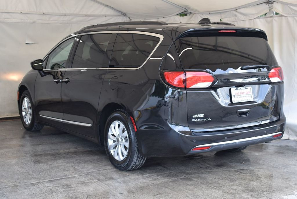 2017 Chrysler Pacifica Touring-L 4dr Wagon - 17958532 - 3