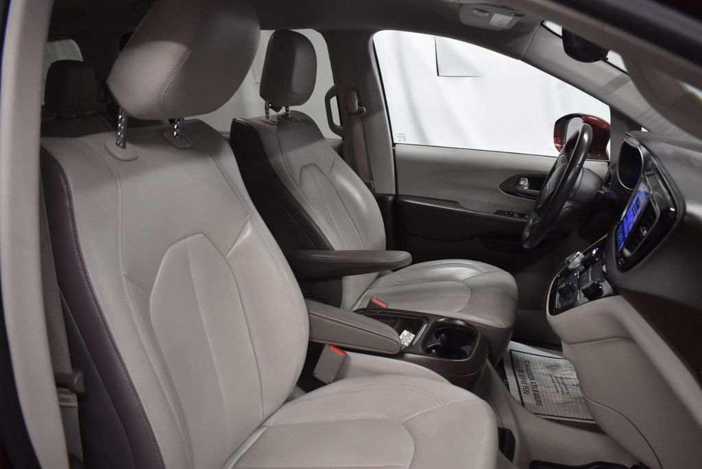 2017 Chrysler Pacifica Touring-L 4dr Wagon - 18250868 - 21