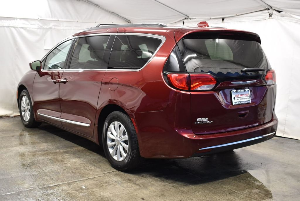 2017 Chrysler Pacifica Touring-L 4dr Wagon - 18250868 - 3