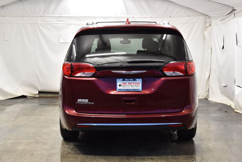 2017 Chrysler Pacifica Touring-L 4dr Wagon - 18250868 - 5
