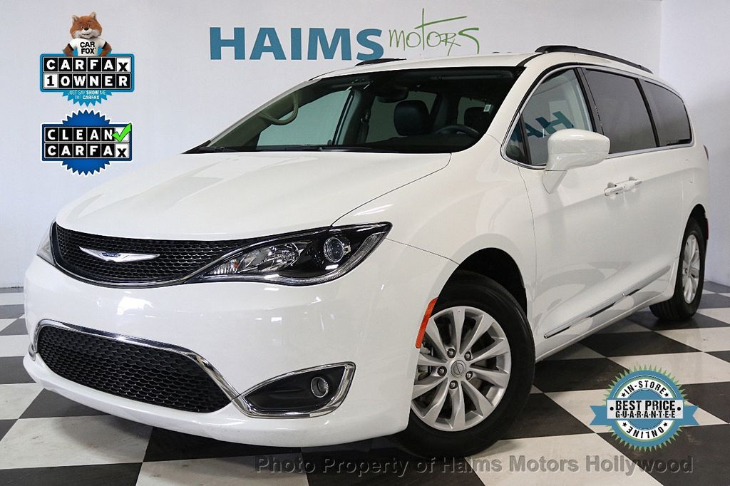 2017 Chrysler Pacifica Touring-L 4dr Wagon - 17558841 - 0