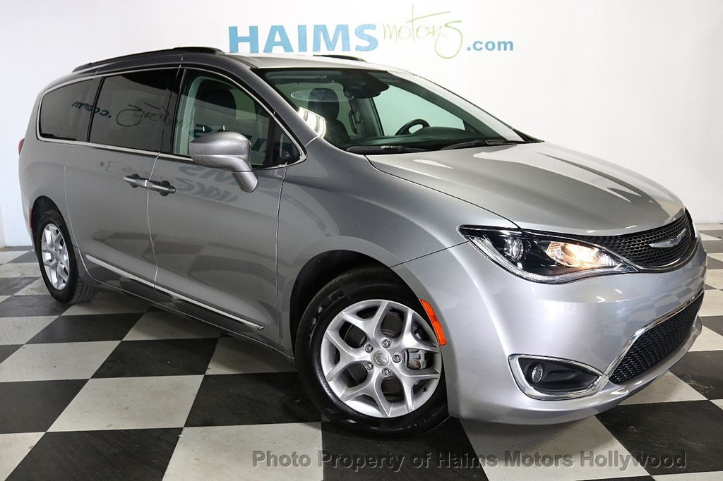 2017 Chrysler Pacifica Touring-L 4dr Wagon - 18534918 - 3