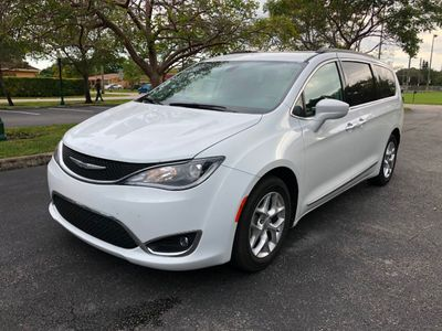 2017 Chrysler Pacifica Touring-L 4dr Wagon Van