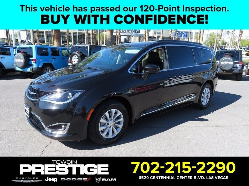 2017 Chrysler Pacifica Touring-L 4dr Wagon - 16739130 - 0