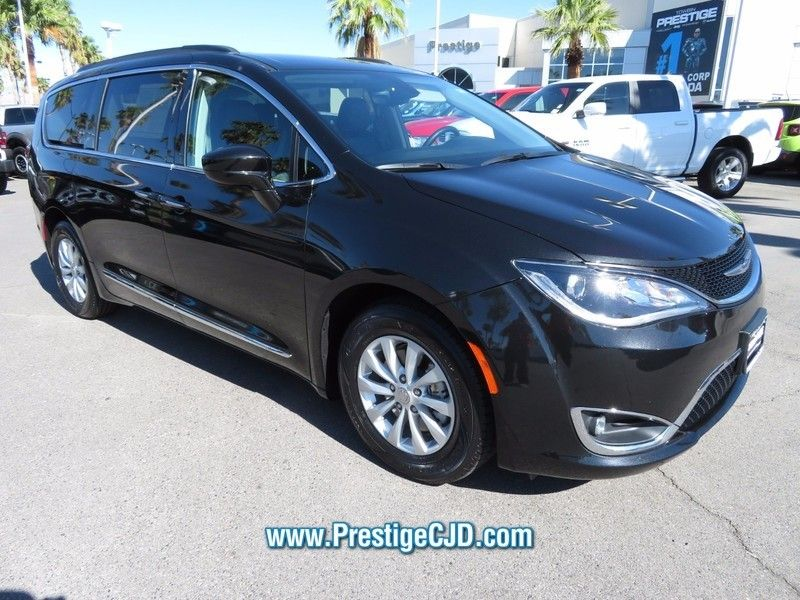 2017 Chrysler Pacifica Touring-L 4dr Wagon - 16739130 - 2