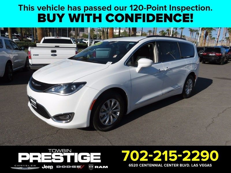 2017 Chrysler Pacifica Touring-L 4dr Wagon - 16847864 - 0
