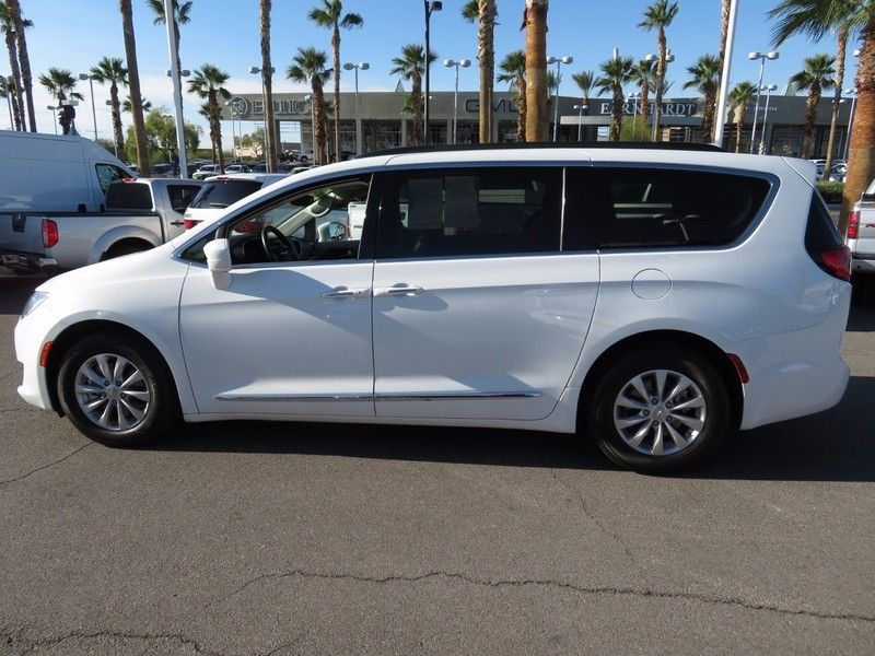2017 Chrysler Pacifica Touring-L 4dr Wagon - 16847864 - 6
