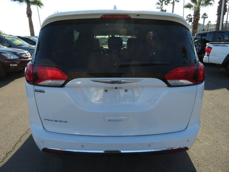 2017 Chrysler Pacifica Touring-L 4dr Wagon - 17234791 - 11
