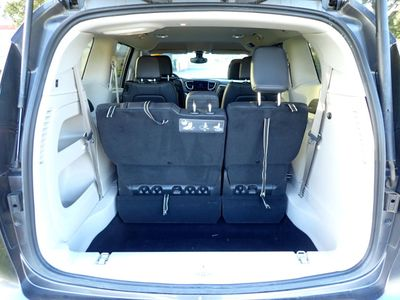 2017 Chrysler Pacifica Touring-L Plus 4dr Wagon Van - Click to see full-size photo viewer