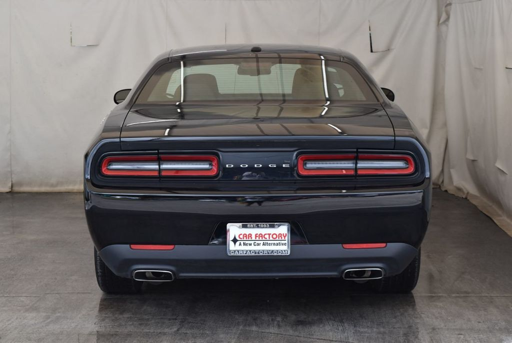 2017 Dodge Challenger SXT Coupe - 17958534 - 7