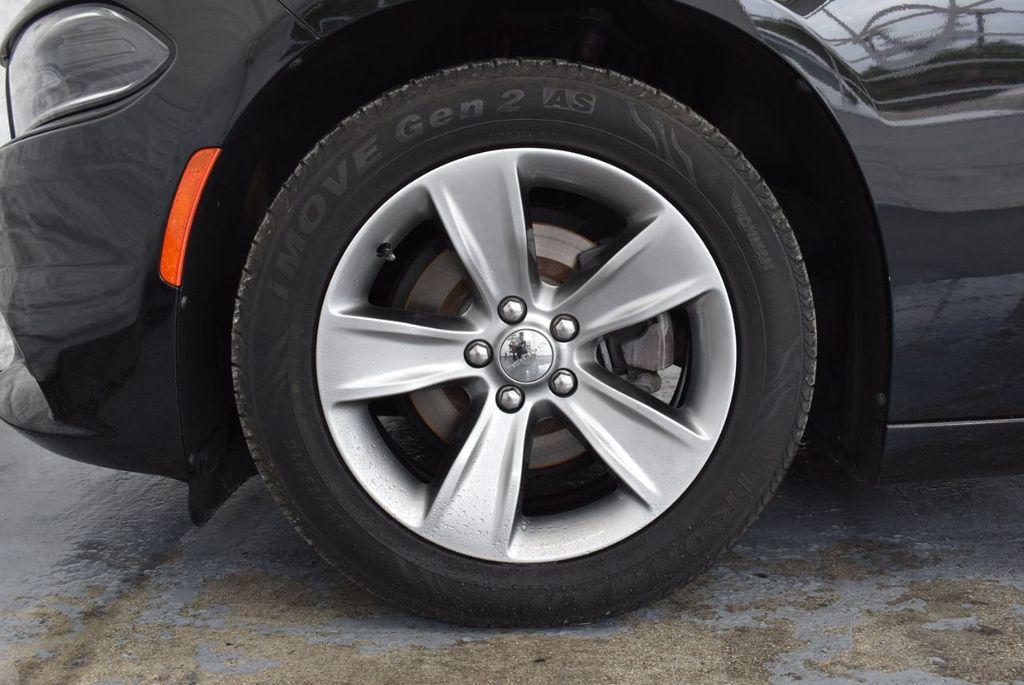 2017 Dodge Charger SXT RWD - 18359542 - 9