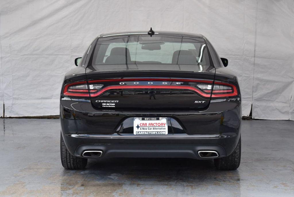 2017 Dodge Charger SXT RWD - 18359542 - 7