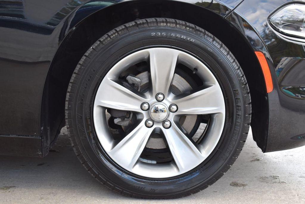 2017 Dodge Charger SXT RWD - 18497647 - 9