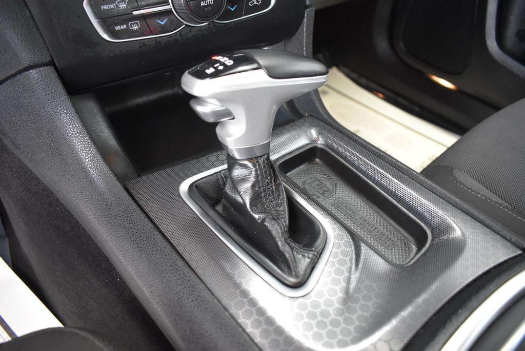 2017 Dodge Charger SXT RWD - 18497647 - 22