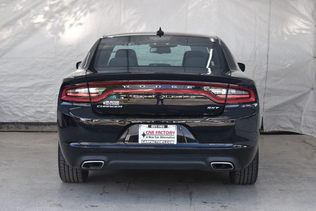 2017 Dodge Charger SXT RWD - 18497647 - 7