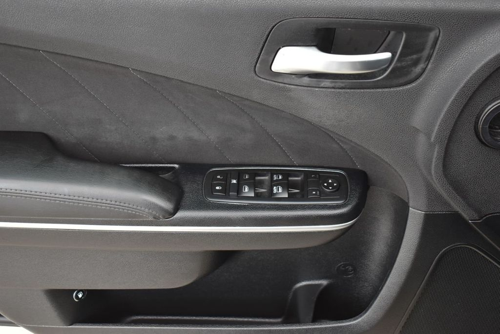 2017 Dodge Charger SXT RWD - 18571144 - 12
