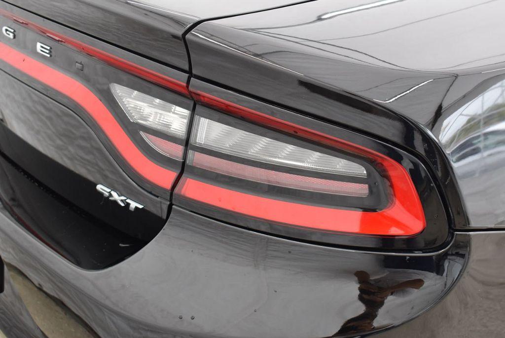 2017 Dodge Charger SXT RWD - 18571144 - 1