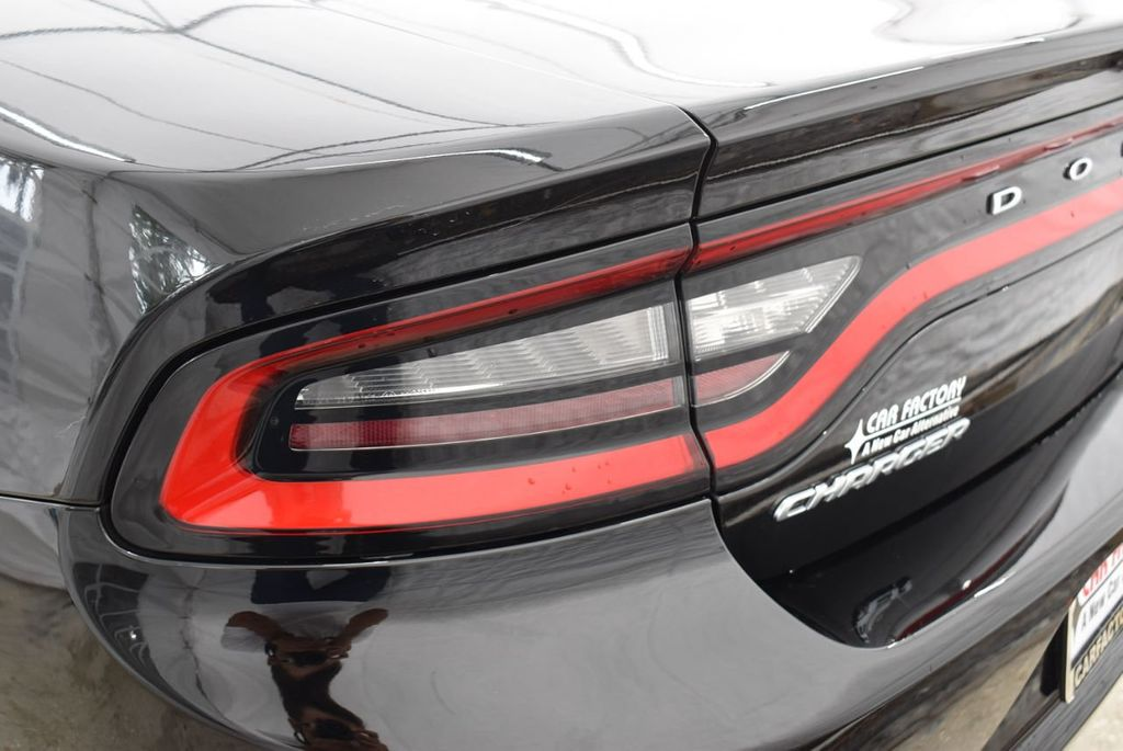 2017 Dodge Charger SXT RWD - 18571144 - 4