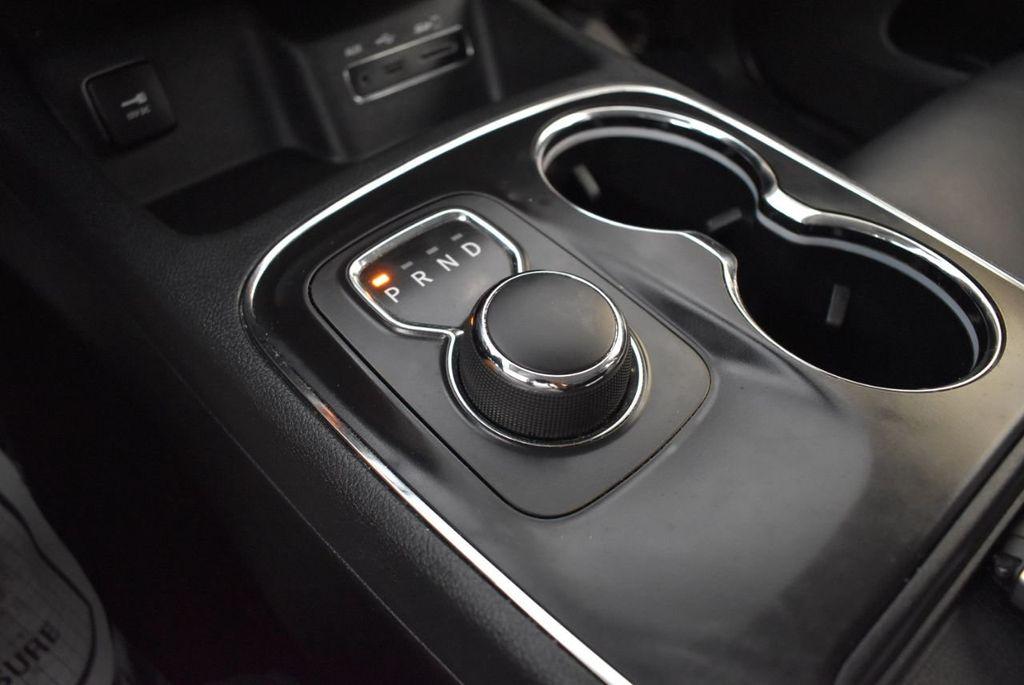 2017 Dodge Durango GT AWD - 18093623 - 19