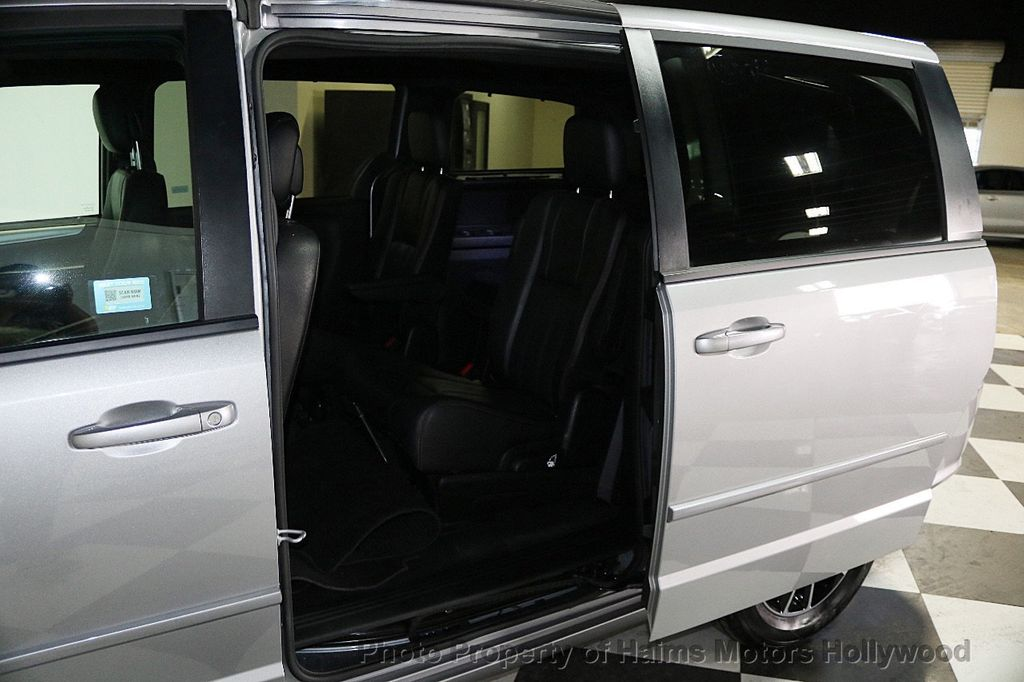 2017 Dodge Grand Caravan GT Wagon - 17536474 - 13