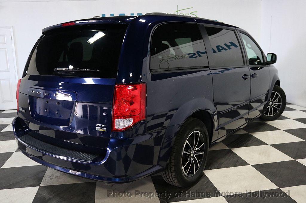 2017 Dodge Grand Caravan GT Wagon - 18112618 - 6