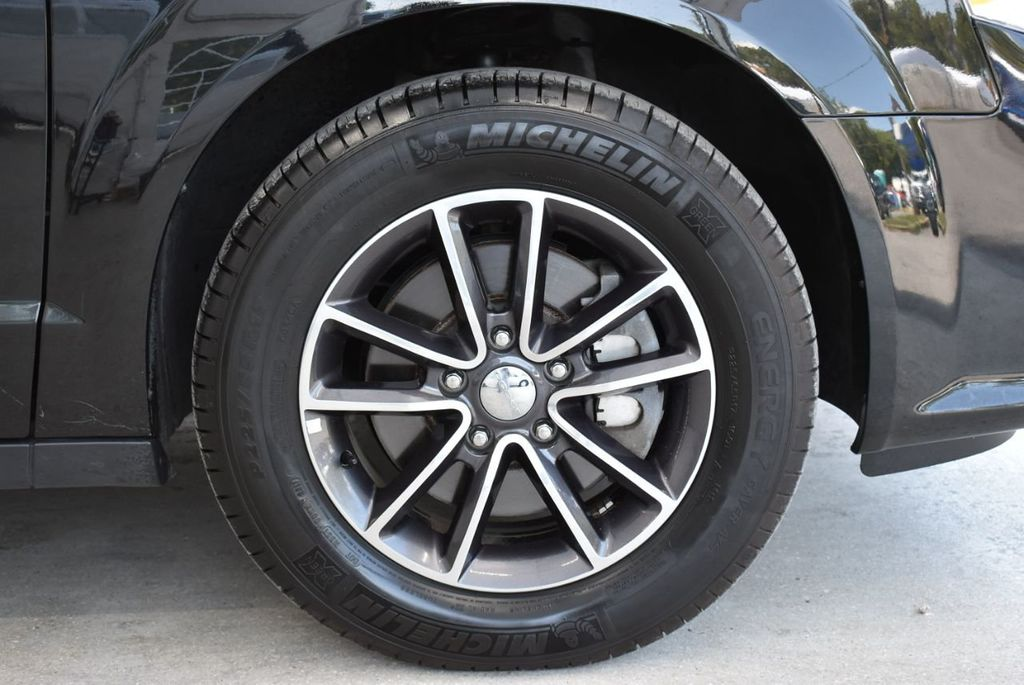2017 Dodge Grand Caravan SXT Wagon - 18676009 - 9