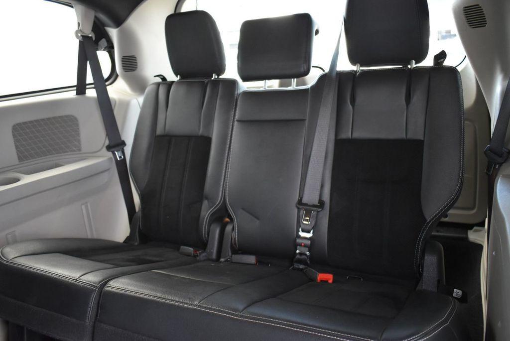 2017 Dodge Grand Caravan SXT Wagon - 18676009 - 10