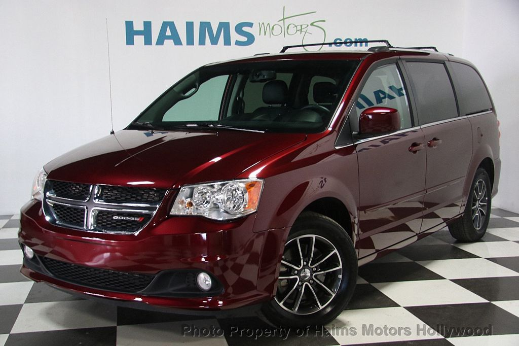 2017 used dodge grand caravan sxt wagon at haims motors. Black Bedroom Furniture Sets. Home Design Ideas