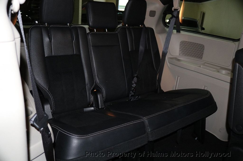 2017 Dodge Grand Caravan SXT Wagon - 17705865 - 17