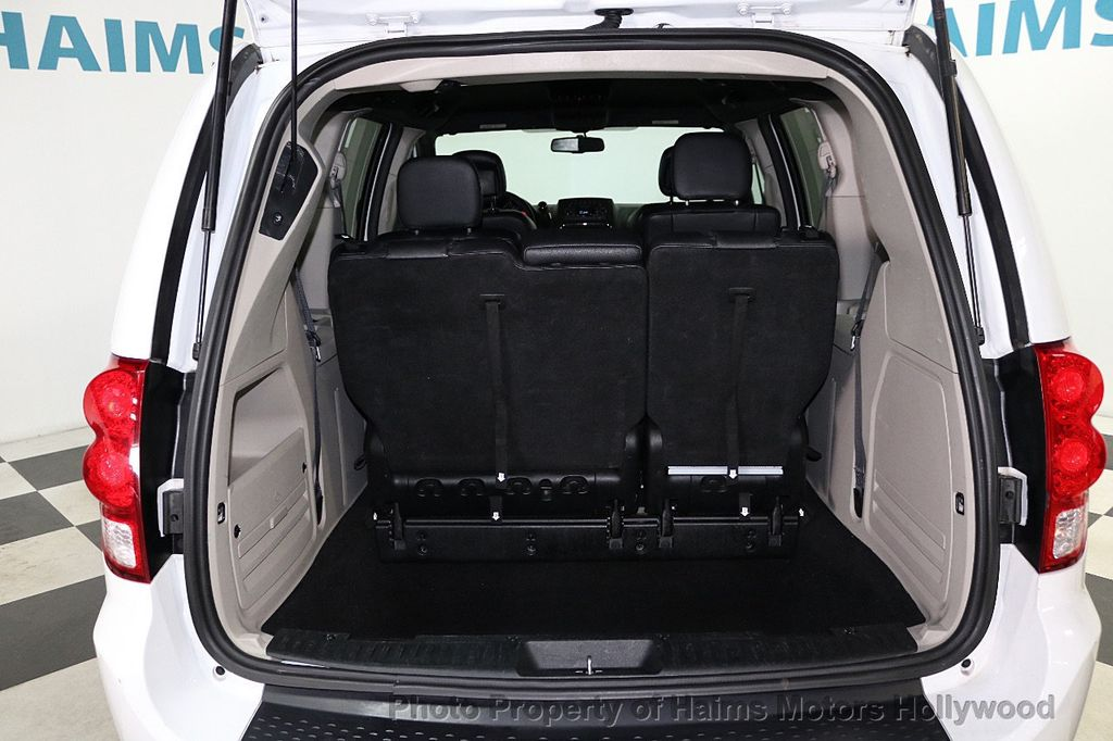 2017 Dodge Grand Caravan SXT Wagon - 18047666 - 9