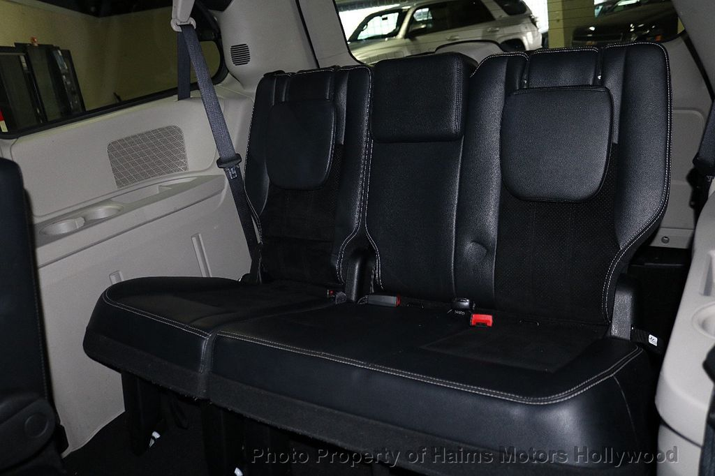2017 Dodge Grand Caravan SXT Wagon - 18047666 - 20