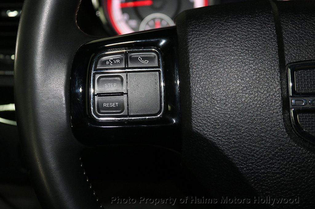 2017 Dodge Grand Caravan SXT Wagon - 18047666 - 28