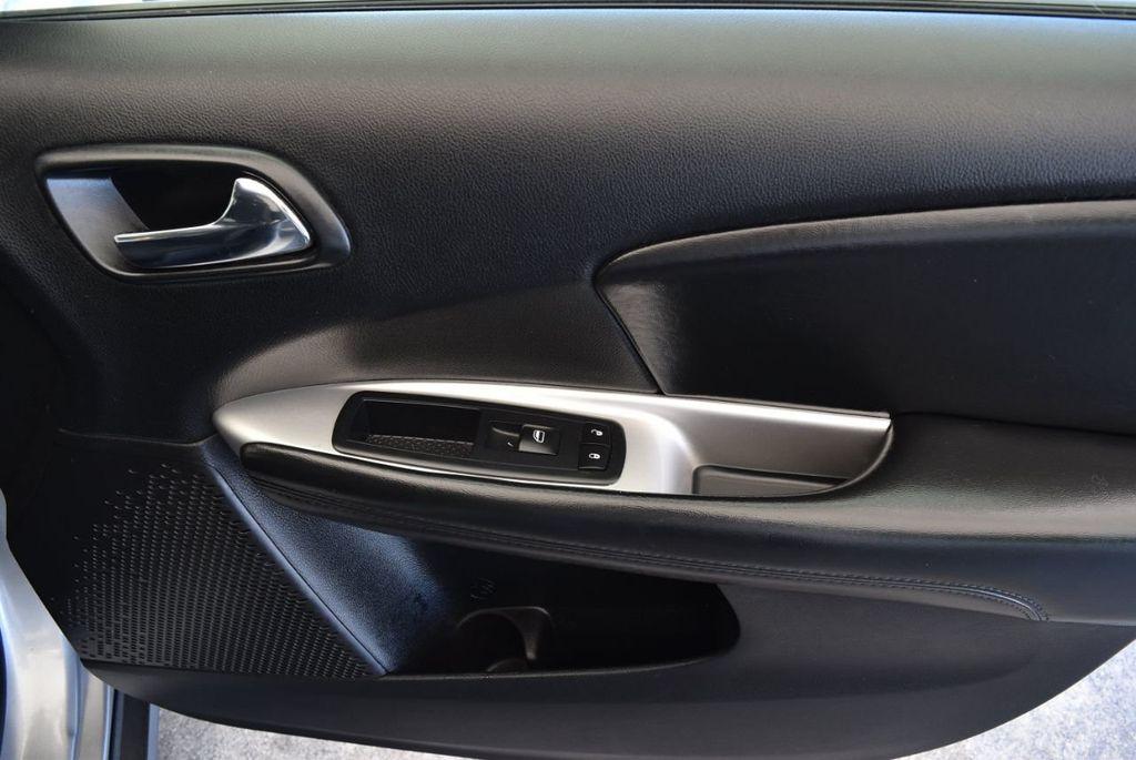 2017 Dodge Journey SXT FWD - 17971250 - 27