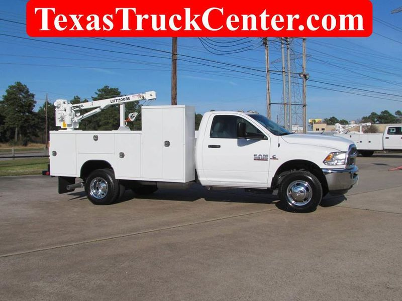 2017 Dodge Ram 3500 Mechanics Service Truck 4x4 - 18216394 - 0