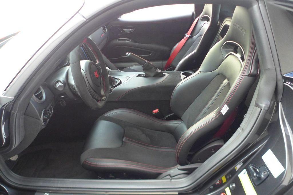 2017 Dodge Viper ACR Coupe - 17958361 - 10