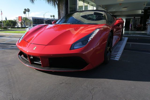 2017 Ferrari 488 GTB Coupe - Click to see full-size photo viewer