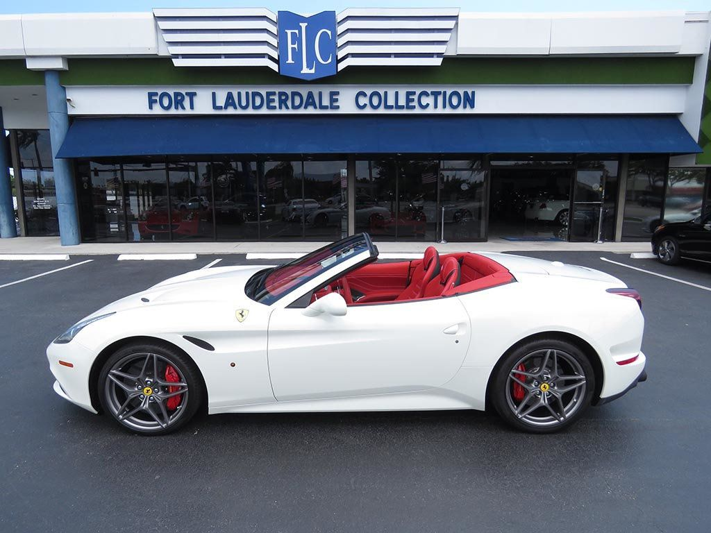 2017 Ferrari California T Convertible with Handling Speciale Package - 17532386 - 11