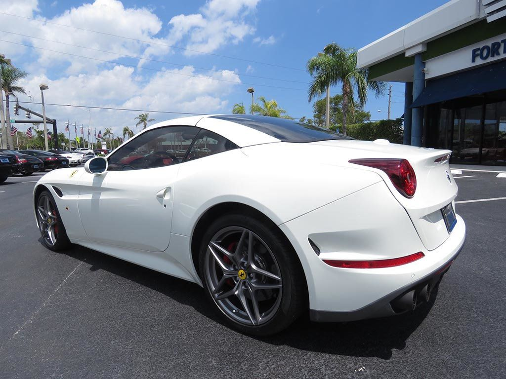 2017 Ferrari California T Convertible with Handling Speciale Package - 17532386 - 5