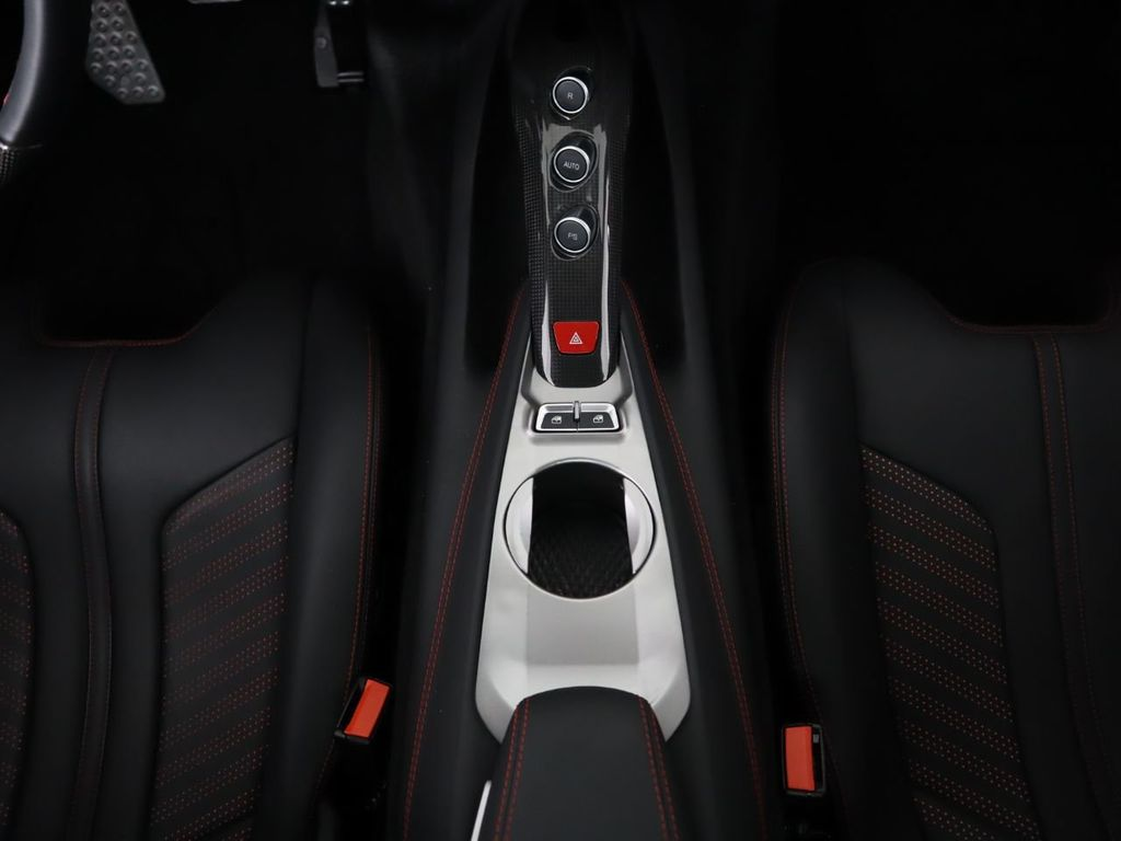 2017 Ferrari F12berlinetta Coupe - 18556639 - 16