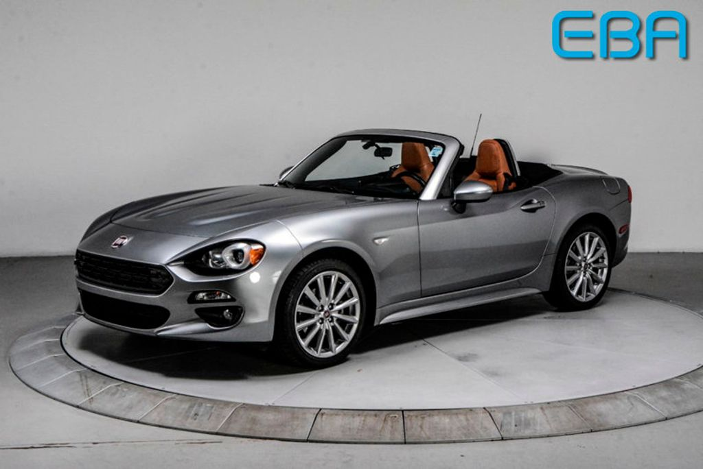 2017 FIAT 124 Spider Lusso Convertible - 18052700 - 0