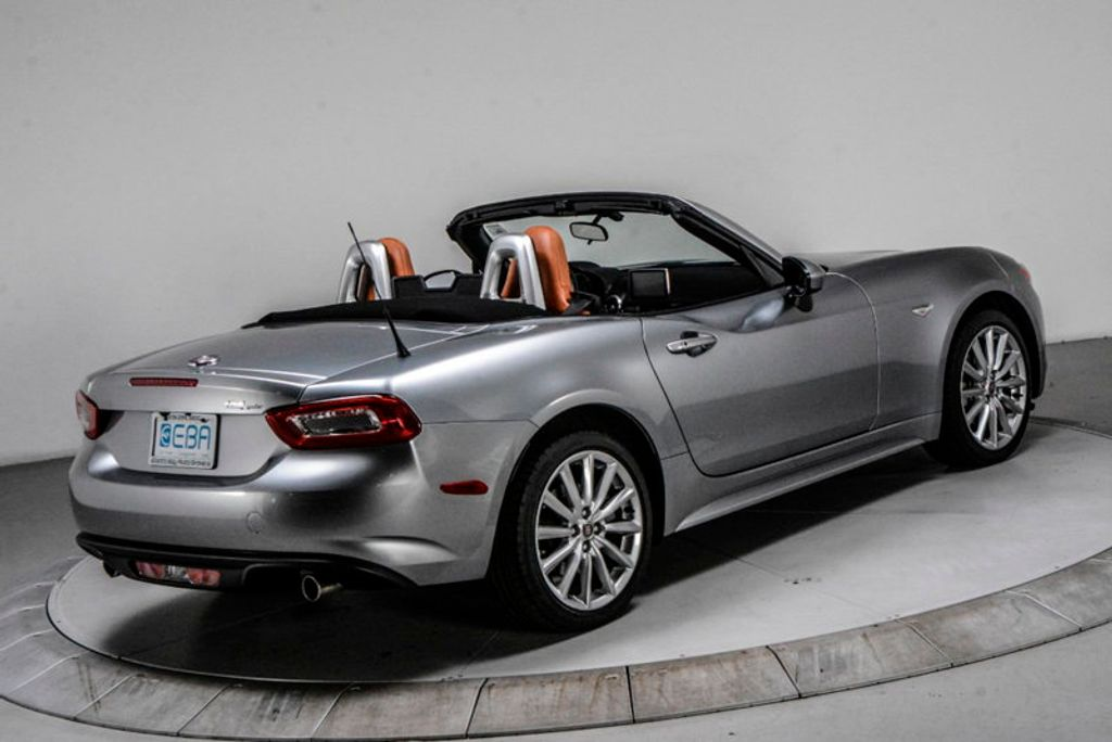 2017 FIAT 124 Spider Lusso Convertible - 18052700 - 5