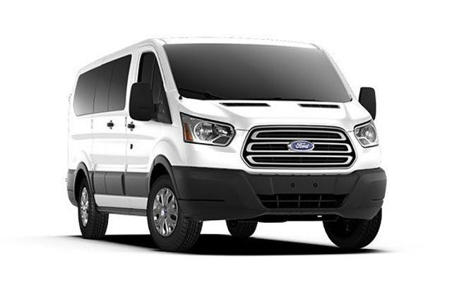 2017 Ford 12 Passenger Van
