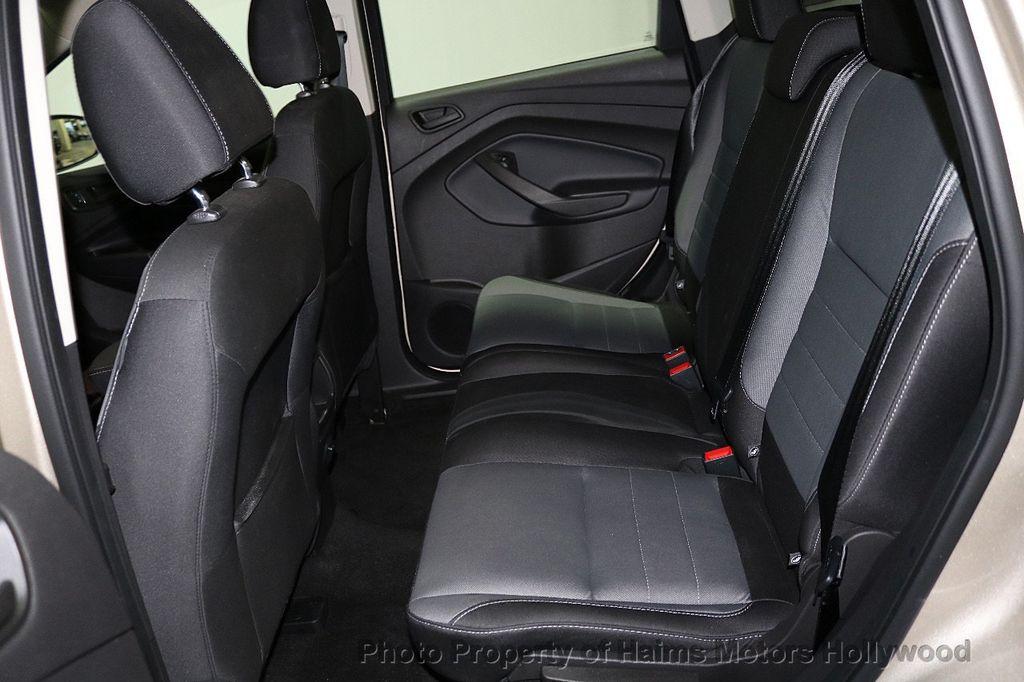2017 Ford Escape FWD 4dr S - 18416353 - 14