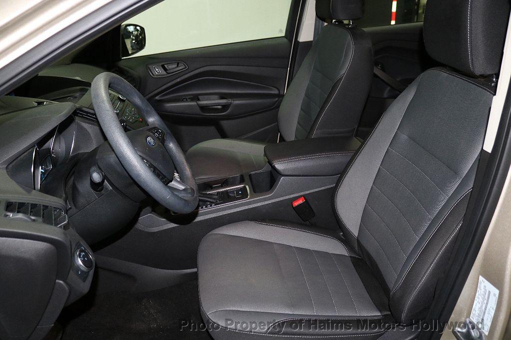 2017 Ford Escape FWD 4dr S - 18416353 - 15