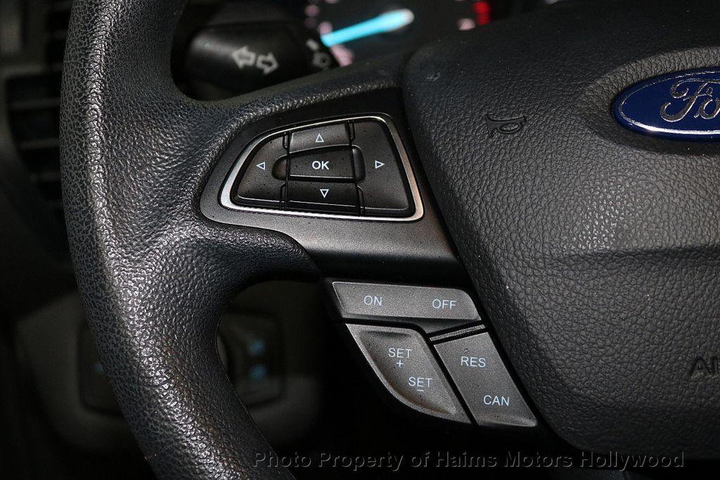 2017 Ford Escape FWD 4dr S - 18416353 - 21